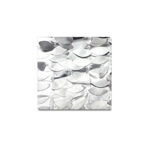 White Brickhouse Linen Rentals